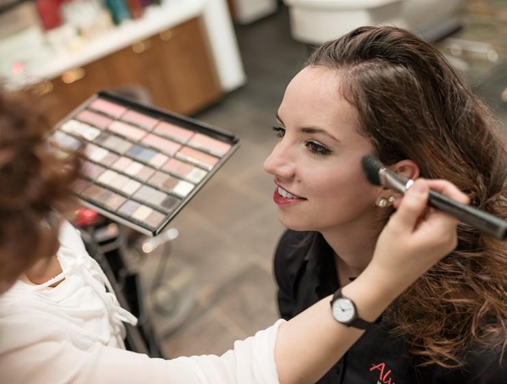 Alvetta Makeup